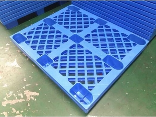 4 Way HDPE Plastic Storage Pallet For Variour Industries Lightweight Structure