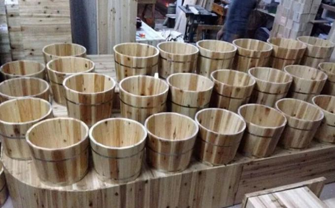 Eco Friendly Small Wooden Bucket / Durable Wooden Water Bucket Without Lid